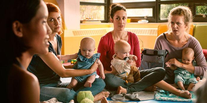 Netflixオリジナル】ワーキングママは産休復帰ママが奮闘する大人気ホームコメディ!